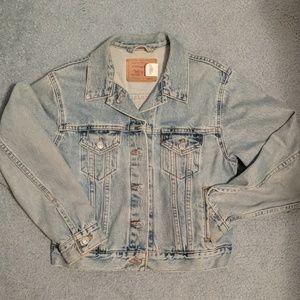 1980s vintage Levi's trucker jacket